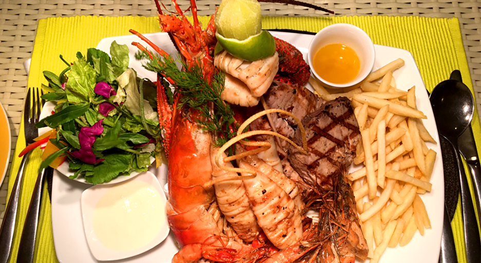 seafood dish served at the finest of Unawatuna Restaurants, La Mer CoCo Bay